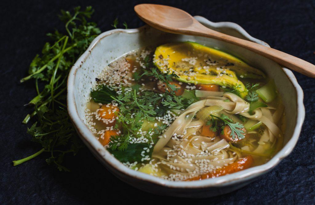 supa-de-legume-in-stil-asiatic-1-3