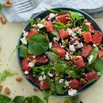 25 de ingrediente-vedetă care te ajută să dai aromă și textură salatelor tale