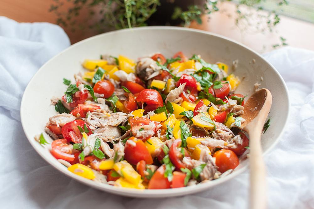 salata-rosii-cu-peste-la-gratar-10003